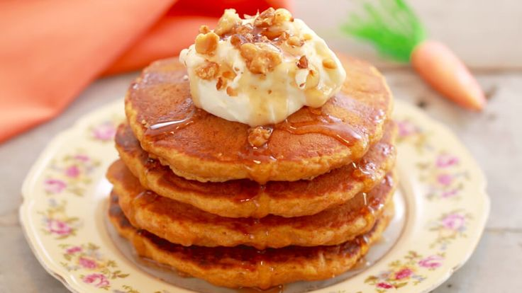 Carrot Cake Pancakes with Cream Cheese Frosting: These pancakes are everything you love about Carrot Cake but now you can how it for breakfast! Win Win