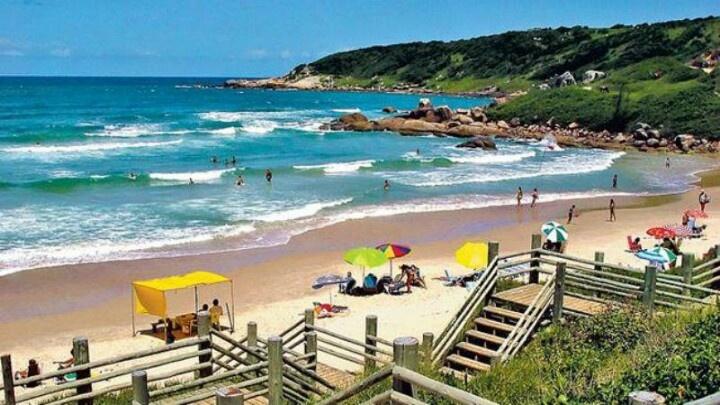 Praia do Rosa http://www.praiadorosadescansodorei.com.br