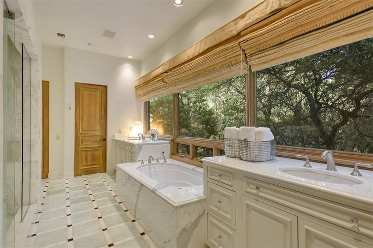 Serene Paradise   1726 Greystone Rdg   San Antonio, Texas 78258