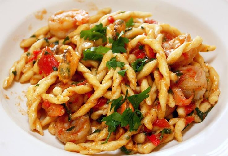TRADITIONAL SICILIAN BUSIATE PASTA WITH SEAFOOD