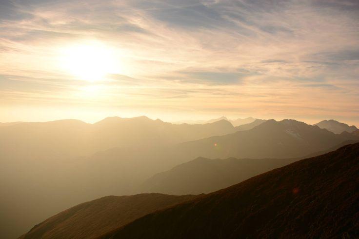 Moldoveanu Peak, Valea Rea view - Romania