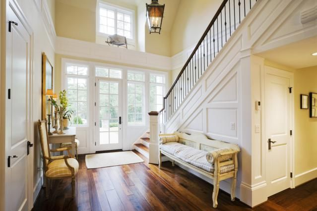 Make a Welcoming Statement with a Beautiful Foyer: Buyers can't Forget a Welcoming Foyer