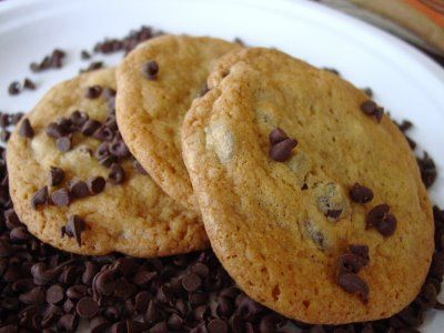 Lick The Bowl Good: Guittard Chocolate Chip Cookies