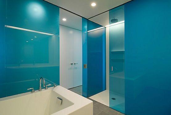 Plexiglass sheet for bathroom backsplash. why not try plexiglass as a kitchen backsplash?