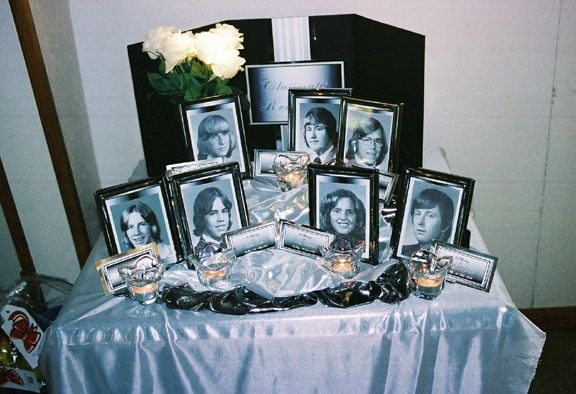class reunion table decorations memorial table class reunion ideas