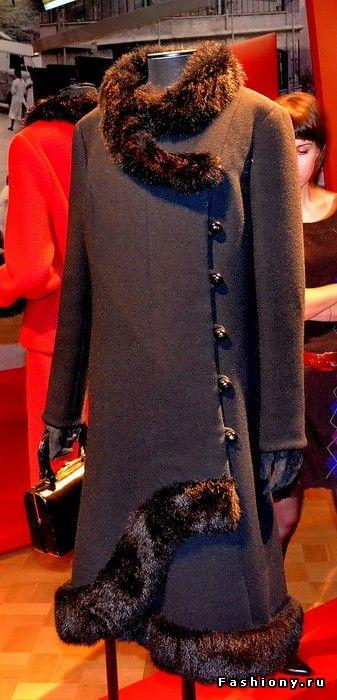 «Coats! Max Mara: 60 лет итальянской моды»! Фоторепортаж / max mara выставка в москве
