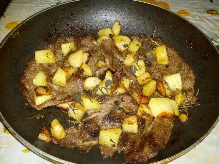  #fettine  e  #patate  alla  #cacciatora   #gialloblogs   #giallozafferano   #ricette   #ricettefacili   #ricettadelgiorno   #cucina   #cucinaitaliana   #food   #foodblogger   #foodphotography   #italianfood   #cooking   #secondipiatti  