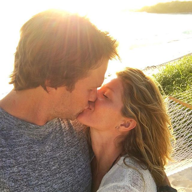 Pin for Later: Tom and Gisele's Hottest PDA Moments