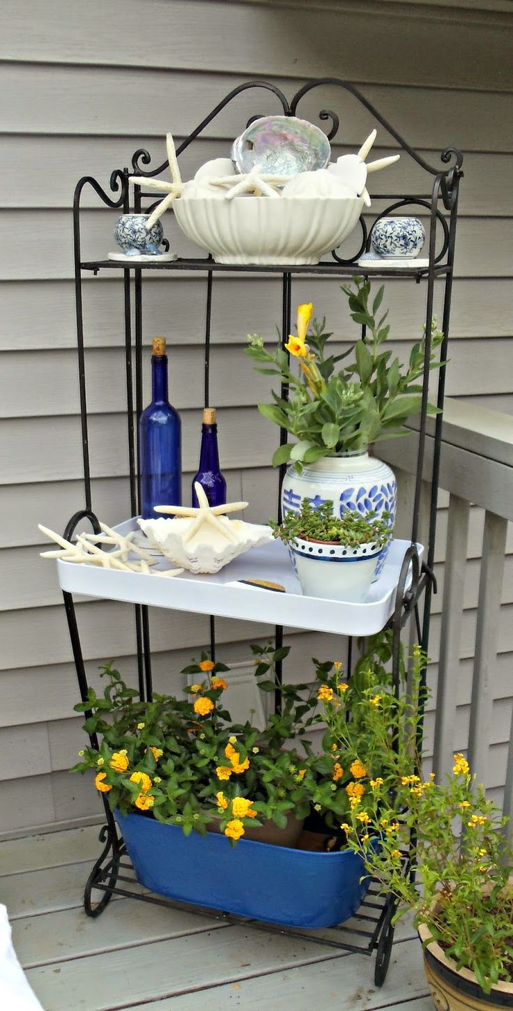 Bakers rack decorating ideas - Upstairs Downstairs Blue And White Outdoor Baker S Rack