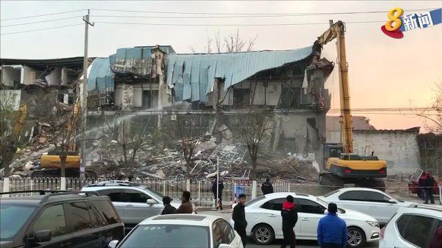 北京大兴区新建村政府大火过后基于安全理由驱赶低端人口 - Channel 8 News & Current Affairs