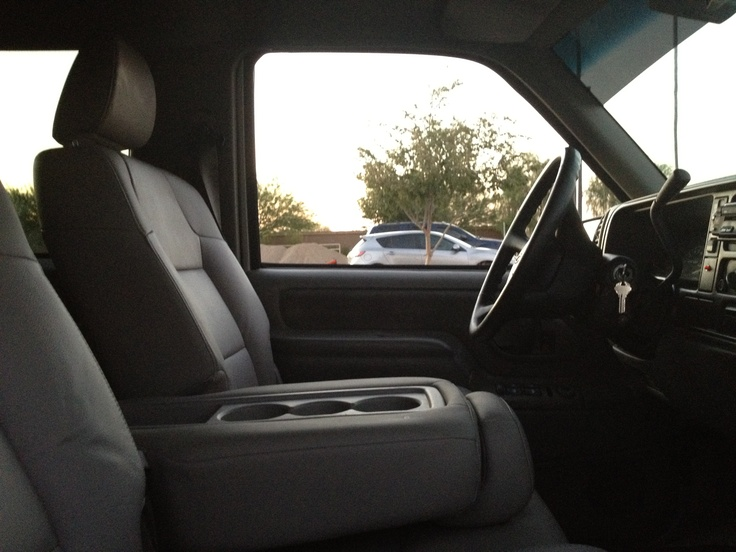 99 2 door Tahoe Custom seat conversion. Front Bucket Seats with console from a 2012 & 25+ best 2 door tahoe ideas on Pinterest | C10 chevy truck Chevy ... Pezcame.Com