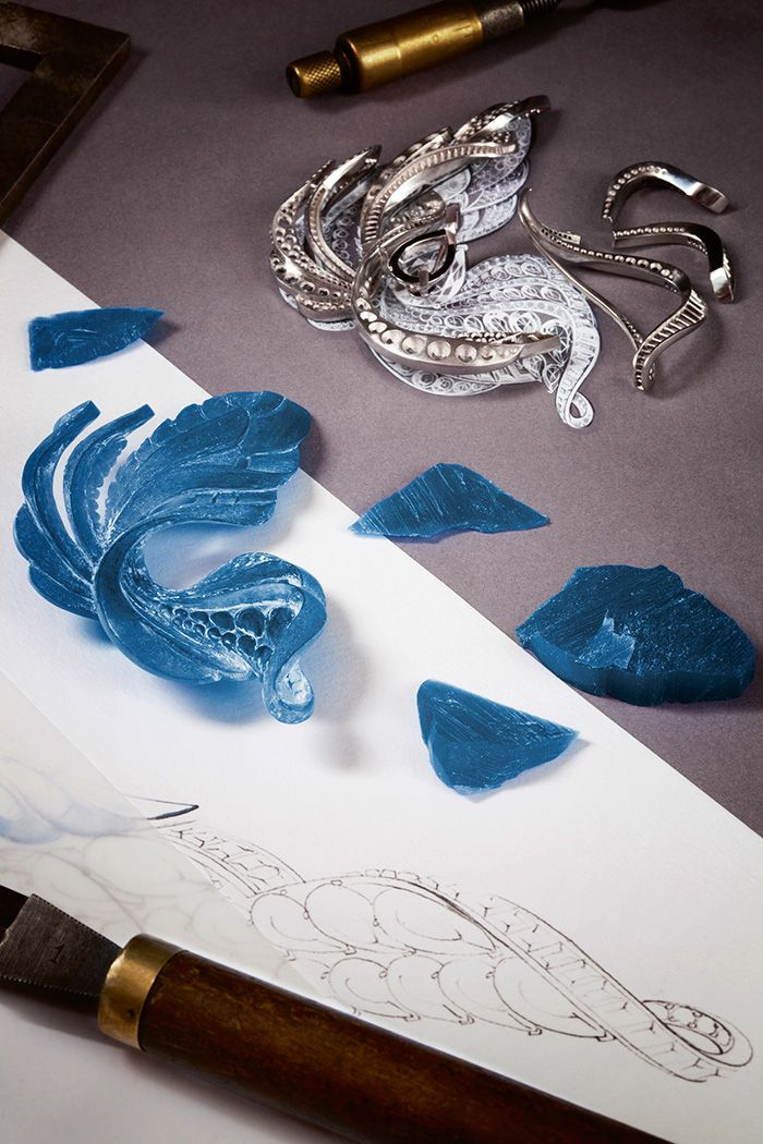 De Beers Imaginary Nature jewel being worked on the atelier. The blue pieces are wax casts of the different platinum components.