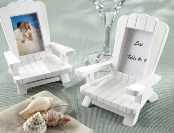 Eighteen amazing beach wedding favours