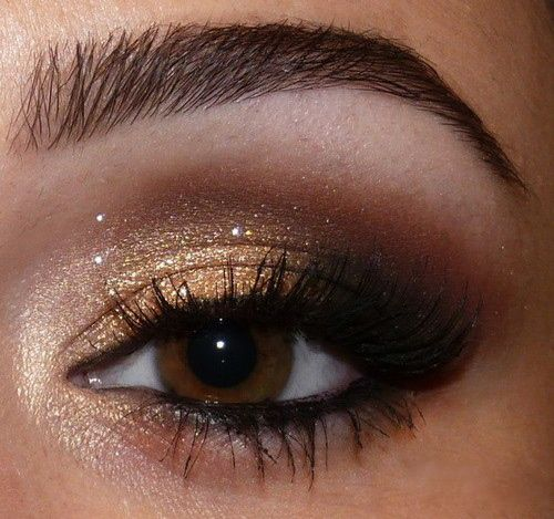 DOURADO: Gold Eyeshadow, Make Up, Eye Makeup, Eye Shadows, Brown Eye, Beautiful, Eyeshadows, Eyemakeup, Smokey Eye
