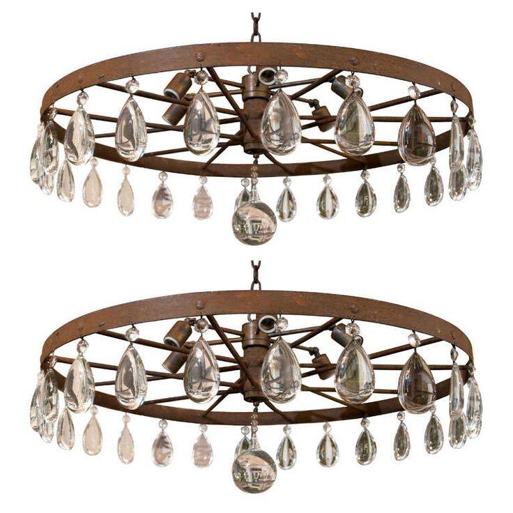 rusted wagon wheel chandelier - Wagon Wheel Chandelier