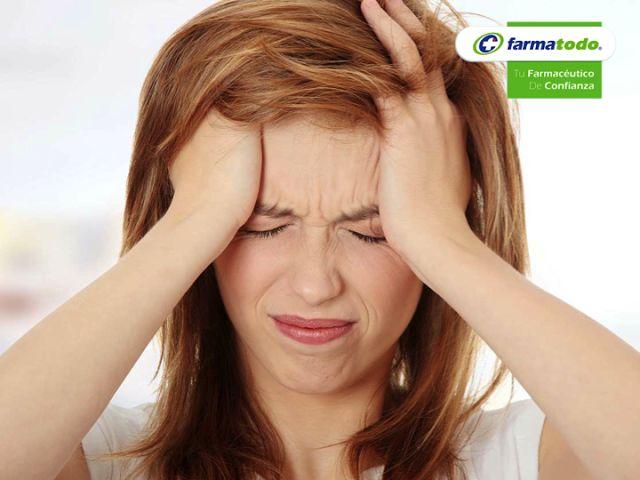 FARMACIA ¿Qué es la migraña? Es un tipo de dolor de cabeza, que es muy frecuente y de las principales causas de visita al médico. Se puede presentar en forma de dolores que se repiten con diferente intensidad. Hay tres tipos de migraña que son la Hemicraneal, que es cuando el dolor se siente en una sola parte de la cabeza, el pulsátil o intermitente, que lleva exactamente el ritmo del latido del corazón y el llamado Paroxística que es el dolor que se presenta de manera repentina y muy…