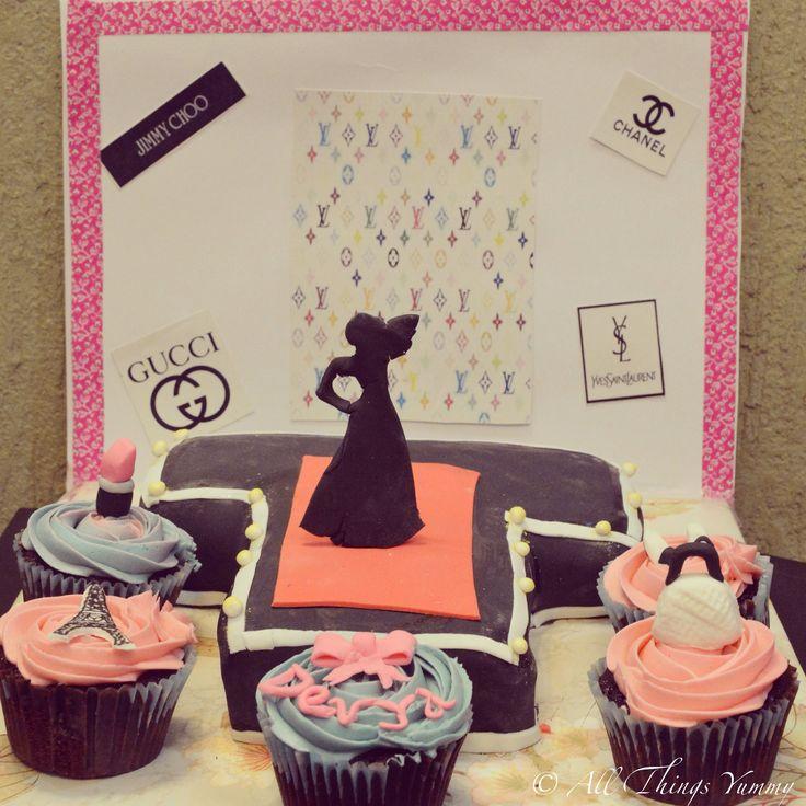 """You either know fashion or you don't"" - Anna Wintour Well this #birthdaygirl definitely knows #fashion, bringing in her #birthday on the #ramp :) #fashionshow #model #paris #eiffeltower #bag #handbag #bow #lipstick #heels #shoes #cupcakes #rampwalk #gucci #lv #louisvuitton #chanel #jimmychoo #customisedcake #designercake #fashionista #ysl #silhoutte #atyummy #cake #homebakery"