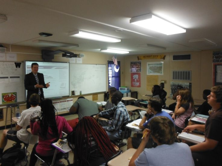 Evan Guthrie Law Firm volunteered for South Carolina Bar Young Lawyers Division Constitution Day event at Wando High School in Mount Pleasant, SC on Thursday September 15, 2016 #constitution #day #wando #highschool #southcarolina #bar #scbar #young #lawyers #division #lawfirm #attorney #charleston #charlestonsc #mountp #mountpleasantsc #school #vote #business #win #fun #wisdom #rights #learn