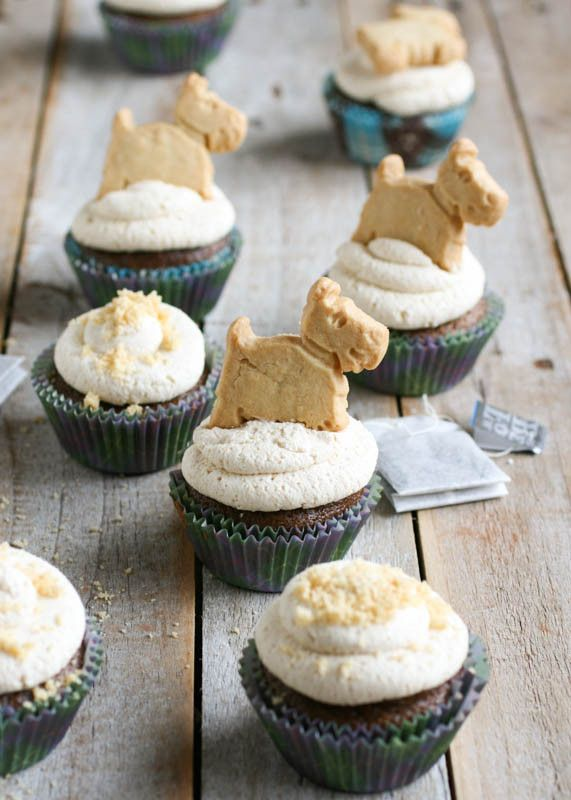 Who doesn't like cupcakes? Try these simple Scottish Tea Time Cupcakes using Walkers Shortbread Mini Scottie Dogs! (Recipe courtesy of Butterlust Blog)  http://butterlustblog.com/2014/03/20/scottish-teatime-cupcakes/