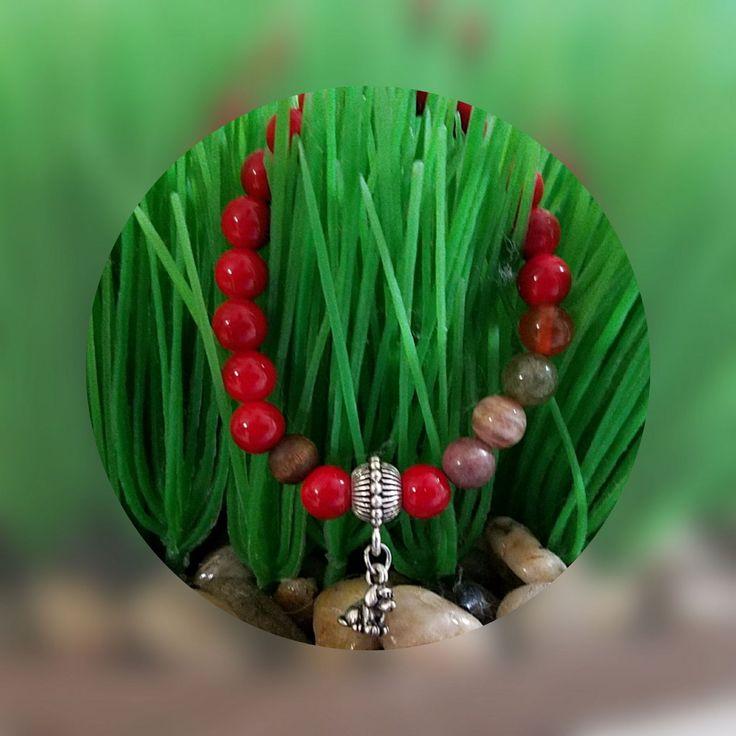 Tu Prenda Unica diseñada especialmente para ti siguiendo el Feng Shui y el Horoscopo Chino.  Se diseña en base a tu fecha y año de nacimiento. Esta pieza es única y excelente regalo para ese ser especial en tu vida.