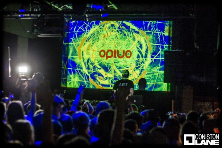 Nice shot of my visuals and lighting for the Opiuo gig last Friday .