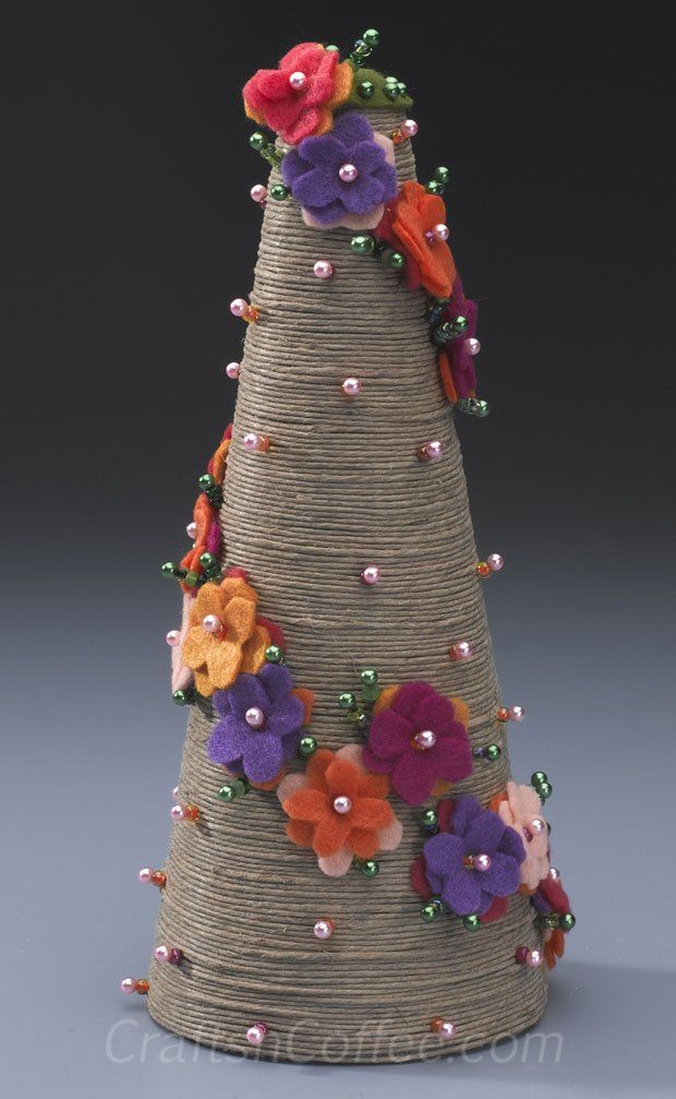 Divine Twine Topiary by Patty Schaffer.
