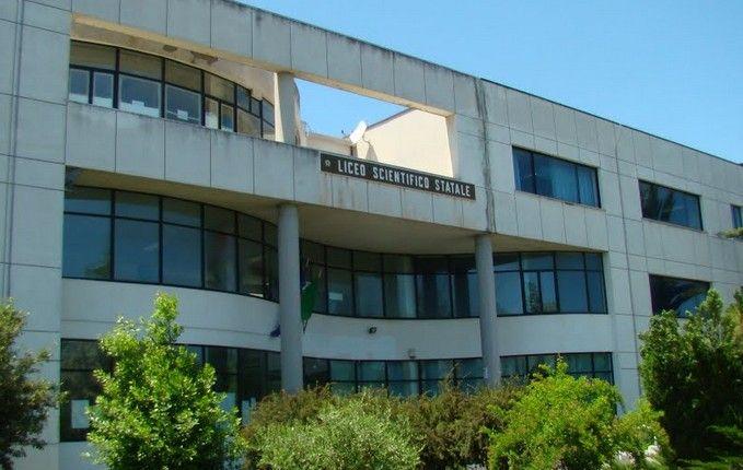 Giulianova. Dopo ordinanza Sindaco, Scuole Superiori chiuse fino a martedì 8 novembre