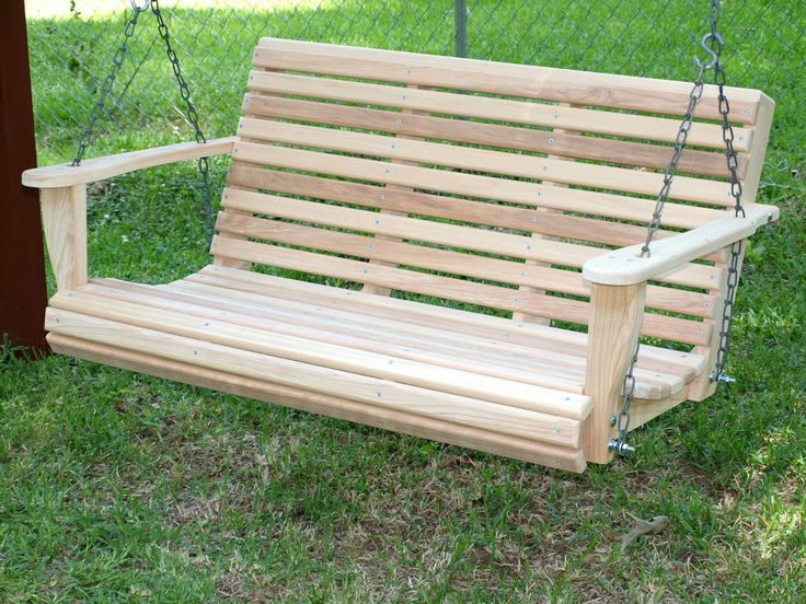 Outdoor Porch Swings Design Ideas ~ http://www.lookmyhomes.com/enjoy-the-warmth-of-the-family-along-with-porch-swings/