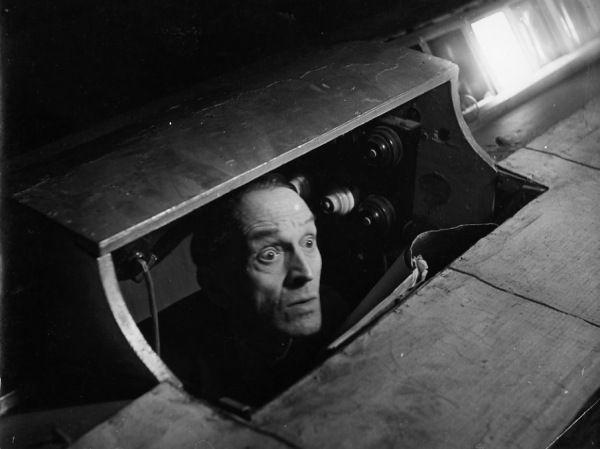 Le souffleur  1944 |¤ Robert Doisneau | 21 mars 2016 | Atelier Robert Doisneau | Site officiel