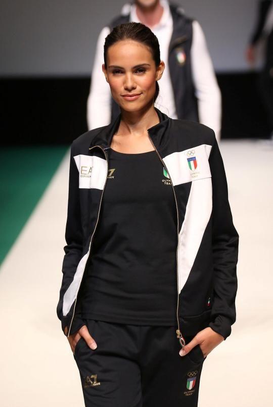 ITALY- CHIC! Chic, schlicht und elegant sehen die Anzüge aber aus; etwas anderes hätte man von den Italienern auch nicht erwartet