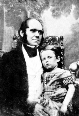 Ten facts about Charles Darwin's ten children. In many ways, Charles Darwin had a very sad life. Three of his children, including his beloved daughter Annie, died during childhood.