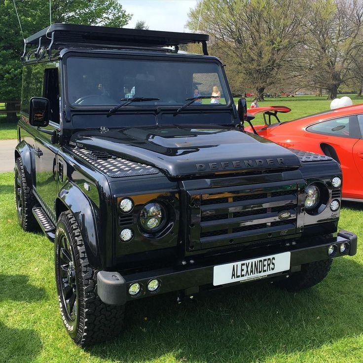 Immaculate Land Rover Defender on the stand at @alexanders_cars at yesterday's Cars in the Park