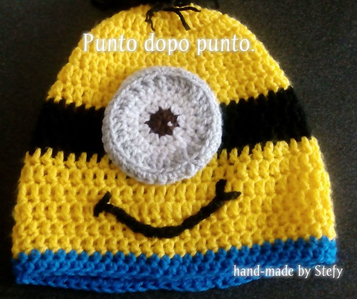 Cappello fatto a mano ad uncinetto. Bimbi ed adulti. Personaggio MINION. Crochet MINION hat for child and adult.