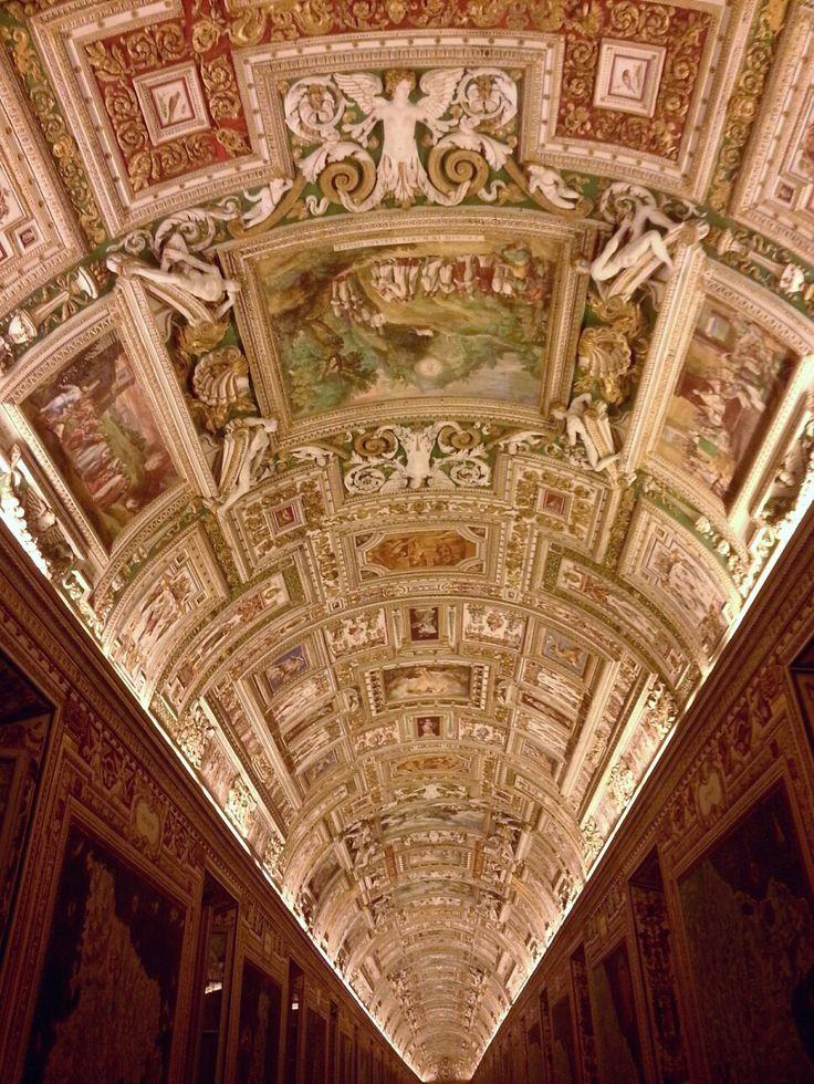 Musei vaticani soffitto sala carte geografiche