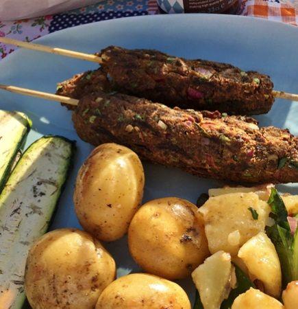 Laga Quorn Shish kebab. Quorns vegetariska (lakto ovo) lättlagade middagstips med Quorn för dig som gillar vegetarisk mat!