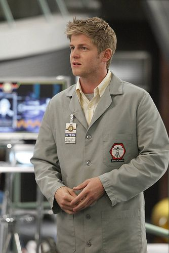 """Bones - Wendell Bray is one of Dr. Brennan's interns whom she described as her """"brightest scholarship student"""". Initially he was often shocked and turned off by Dr. Brennan's straight comments. Wendell is one of the more """"normal"""" """"squinterns""""; he lacks the social ineptitude characteristic of Zack Addy and is often heard cracking jokes with Jack Hodgins. - Michael Grant Terry is an American actor"""