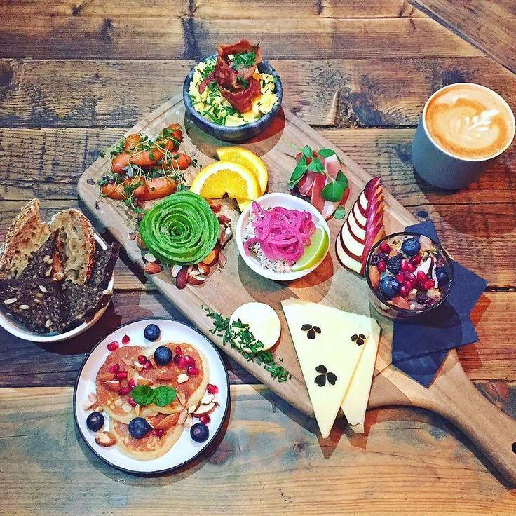 Skal den stå på brunch i weeekenden? Vi foreslår @sidecar_noerrebro  #brunch #københavn #kbh #copenhagen #cphfood #delditkbh #foodiegram #foodstagram #foodlover #foodporn #breakfast #breakfasttime #restaurant #instagram