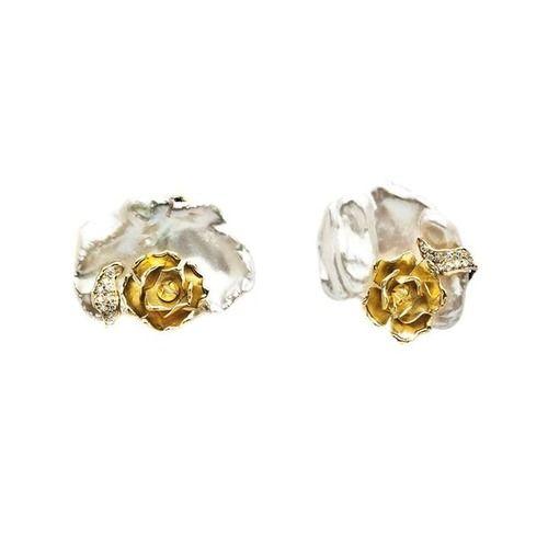 Pin de Pearl's Ark. Obrigada por partilhar uns Brincos Maria João Bahia em Pérola, Ouro Amarelo e Brilhantes na sua rede. #mariajoaobahia #earrings #diamonds #pearl #gold #yellowgold #perola #ouro #dourado #brincos #joiasdeautor #joias #jewelry #avenidadaliberdade #luxury #luxo #obrigada