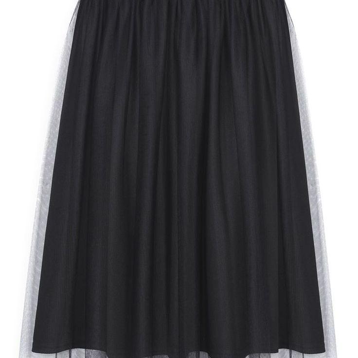 Falda de tul negra  Categoría:#faldas #primark_mujer #ropa_de_mujer en #PRIMARK #PRIMANIA #primarkespaña  Más detalles en: http://ift.tt/2zyaWKV