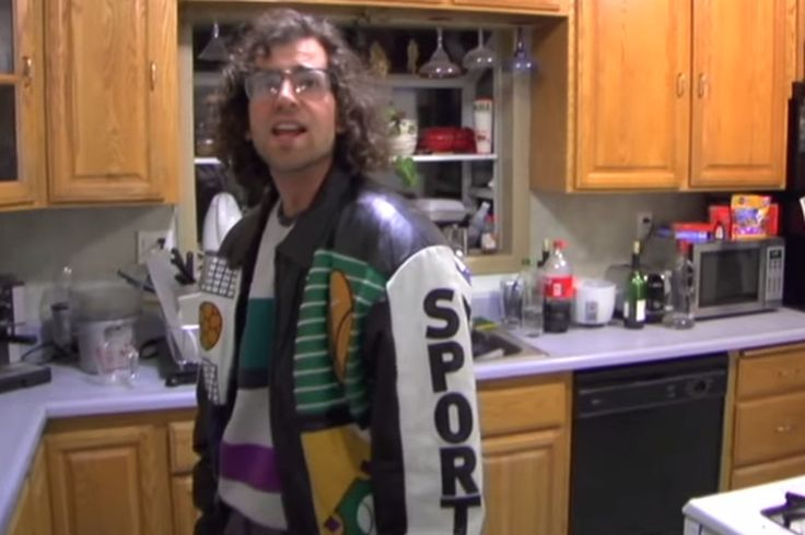 Kyle Mooney's 'sporty' is still perfect, 5 years later