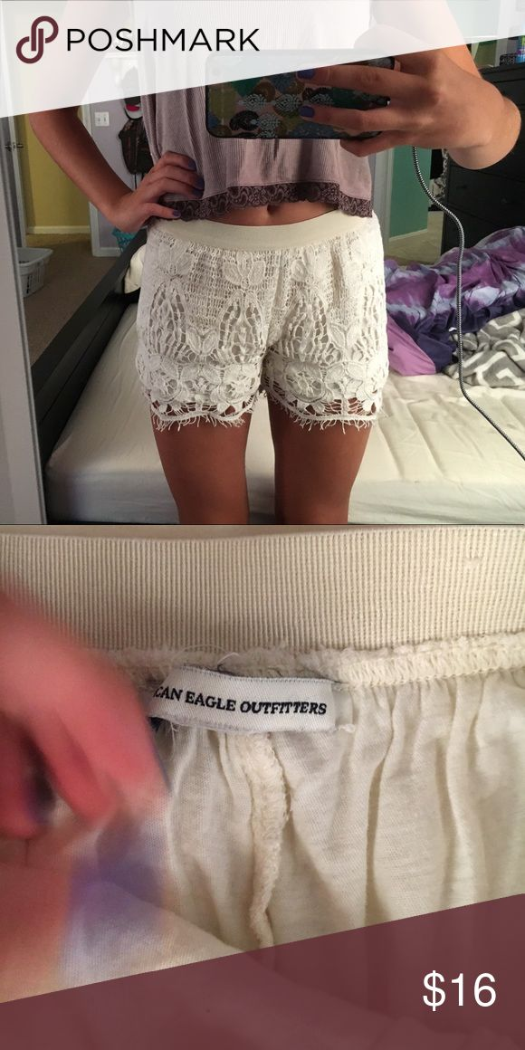 American Eagle Lace shorts American Eagle Cream lace shorts Size XS American Eagle Outfitters Shorts