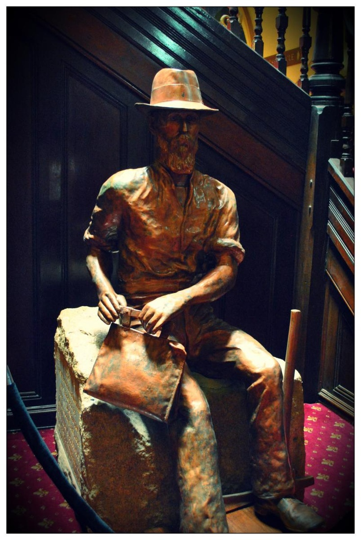 View the original Paddy Hannan Statue free of charge in the Kalgoorlie Town Hall. http://www.kalgoorlietourism.com/Paddy-Hannan-Statue
