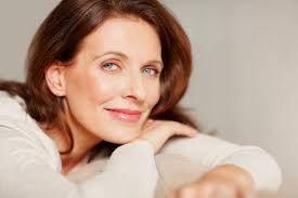 """Képtalálat a következőre: """"beautiful middle aged woman"""""""