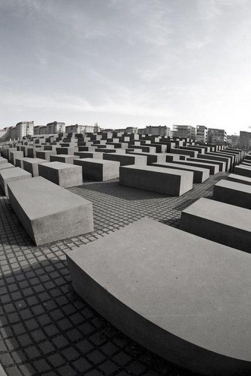 Pin Von Melanie Langner Auf Oorsee 2019 Denkmal Fur Die Ermordeten Juden Europas Denkmal Berlin Monument