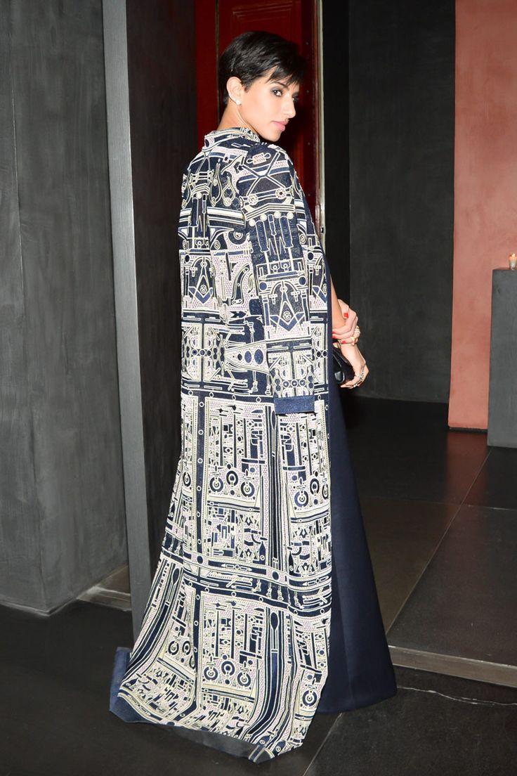 Love Princess Deena's Cloak <3