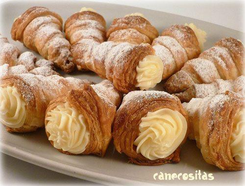 Canutillos de hojadre con crema pastelera