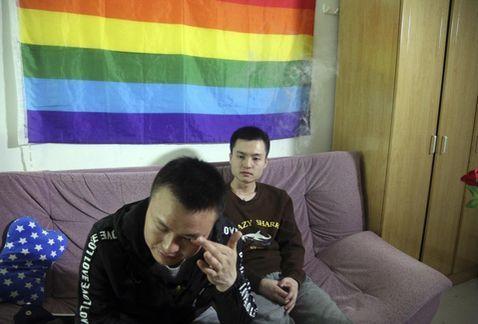 Malasia: Gobierno quiere evitar la homosexualidad con un video