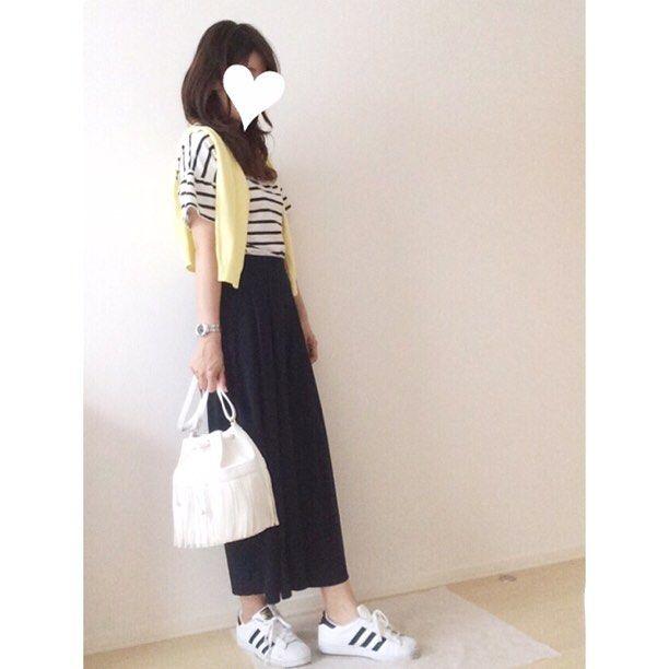 . . おはようございます☀️ . 今日もユニクロスカンツコーデです スカンツは足の太さがカバーできるのでよく履きます . . #ボーダーカットソー #coca カーディガン #gu #スカンツ #ユニクロ これはネイビーです #フリンジバッグ gu #アディダス #スーパースター ⌚️エルメス . . . #fashionkurashiru #ママ雑誌sakura #ootd_kob #outfit #beaustagrammer #プチプラコーデ#ponte_fashion #web_kob #ユニクロ銀座 #ユニクロきれいめ部 #mamagirl #locari #kurashiru #スナップミー #gumania #アラフォーコーデ #ユニクロスカンツ族 #ユニクロのスカンツ #極女子