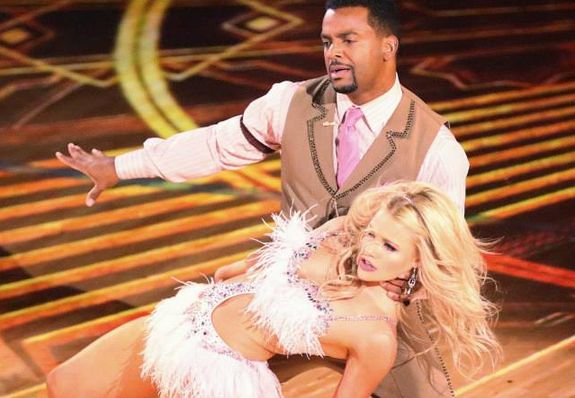 """Alfonso Ribeiro and Witney Carson danced the """"Samba"""" to """"Gettin' Jiggy Wit It"""" by Will Smith on Dancing with the Stars Season 19 week 2 episode Monday night, September 22, 2014. Last week, Alfonso and Witney received the highest scores from the judges with 36 points. Score's tonight: Carrie Ann-8, Len-8, Julianne-8, Bruno-8 = 32/40 …"""