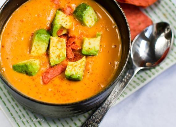 Sopa de batata-doce e abacate
